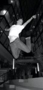 YiAn dance jumping